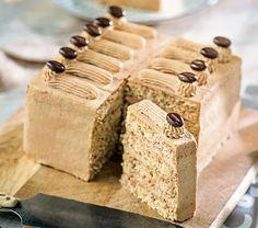 Triple Chocolate Mousse Cake, Butter Pecan Cake, Hazelnut Cake, New Cake, Banana Split, No Bake Cake, Amazing Cakes, Baked Goods, Cake Recipes