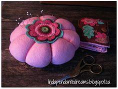 lindapendante dreams: Felt Pin Cushion