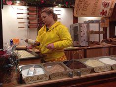 www.kurtos-kalacs.com Our Chimney cake / Kurtoskalacs customers at the Christmas market in Münster, Germany. #Baumstriezel