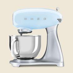 Smeg Stand Mixer, Stand Mixers, Kitchen Worktop, Kitchen Aid Mixer, Small Appliances, Kitchen Appliances, Baking Gadgets, Kitchen Essentials, Design Awards
