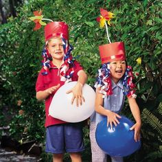Want 4th of July party ideas to celebrate with kids? Bring on the red, white and blue! Find festive foods and adorable decorations cute costumes for the 4th.