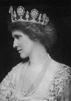 Nancy, Viscountess Astor wearing the Astor Tiara  (see link)