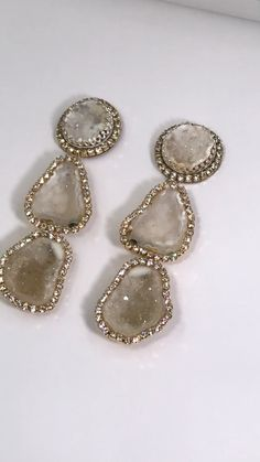 Ivory Tabasco Geode Triple Dangle Earrings Dazzling ivory tabasco geodes triple dangle with Swarovski Elements crystals highlighting the very sparkly inner druzy crystals of the geodes. Statement Earrings, Women's Earrings, Diamond Earrings, Geode Necklace, Geode Jewelry, Flower Earrings, Jewelry Gifts, Fine Jewelry, Silver Jewelry