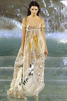 Fendi Fall 2016 Couture Fashion Show - Kendall Jenner (Elite)