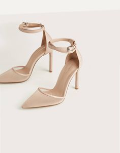 Women's Shoes: Boots, Slippers, Sandals, and Sneakers Fancy Shoes, Pretty Shoes, Fashion Slippers, Fashion Shoes, Black Heels, High Heels, Cute Heels, Shoe Collection, Wedding Shoes