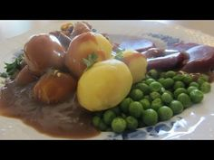 Danish Brown Gravy or Brun Sovs. Easy and delicious! | See recipe at Scandinavian Today