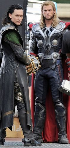 Loki & Thor. One of those weird moments when you can't find a single trace of Tom on Loki's face.