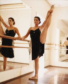 Young Neve Campbell (866×1068) #ballet