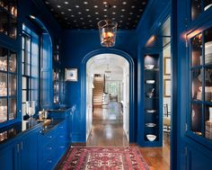 Cobalt lacquered butler's pantry (design by Archer & Buchanan Architecture, LTD)