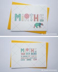 © dekaartjeswinkel Een vrolijk kleurrijk geboortekaartje voor Mirthe. Een geprint kaartje op mooi Gmund papier.  #dekaartjeswinkel #geboortekaartje #kleurrijk #babygirl #beer #bear #lijnen #geometric #happy