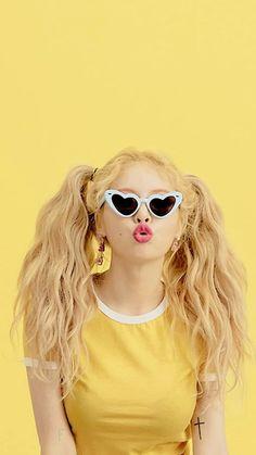 💛 Fine Art 📸 Photographie aux nuances de jaune no 13 📸 Grunge Look, Grunge Style, Kpop Aesthetic, Pink Aesthetic, Pastel Yellow Aesthetic, Blonde Aesthetic, Aesthetic Drawing, Outfits Nachstylen, Hyuna Photoshoot
