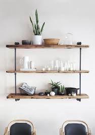 Afbeeldingsresultaat voor houten wandkastje