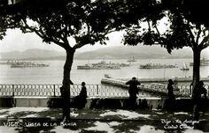 Mirador de la Piedra alrededor de 1931, donde unos ciudadanos están observando las obras de construcción del muelle de trasatlánticos.