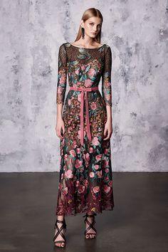 Marchesa, Resort 2018 - The Most Pinterest Worthy Dresses From Resort 2018 - Photos