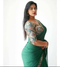 Beautiful Girl Indian, Most Beautiful Indian Actress, Beautiful Girl Image, Beautiful Saree, Beauty Full Girl, Beauty Women, Dehati Girl Photo, Saree Backless, Saree Models