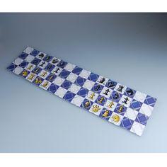 http://www.eachbyte.com/ling-ao-16pcs-chess-magic.html