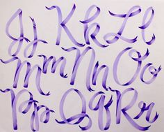 How to draw ribbon letters using @tombowusa Dual Brush Pens #tombow #lettering #handlettering