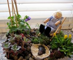 Minute gardens, easily made from objects around the garden and toy dolls.