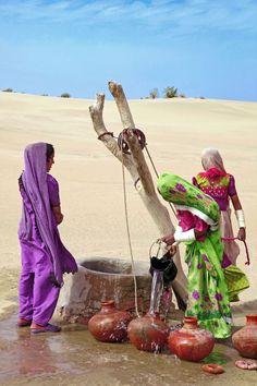 Village Well - Thar Desert, India。\|/ 。☆ ♥♥ »✿❤❤✿« ☆ ☆ ◦ ● ◦ ჱ ܓ ჱ ᴀ ρᴇᴀcᴇғυʟ ρᴀʀᴀᴅısᴇ ჱ ܓ ჱ ✿⊱╮ ♡ ❊ ** Buona giornata ** ❊ ~ ❤✿❤ ♫ ♥ X ღɱɧღ ❤ ~ Fr 27th March 2015