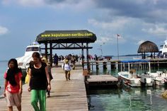 PULAU SERIBU :: HARGA PROMO WISATA PULAU SERIBU : KePulauan Seribu terdiri dari berbagai pulau namun pulau wisata yang kami tawarkan adalah Pulau Ayer, Pulau Bidadari, Pulau Putri, Pulau Sepa, Pulau Pelangi, Pulau Kotok serta Pulau Pantara.  Terdapat pula Pulau Penduduk yang memang di wisatakan seperti :: Pulau untung jawa, pulau pramuka , pulau tidung.  Tiap tiap pulau di kepulauan seribu, mempunyai fasilitas water sport, perlengkapan snorkeling dan diving.  Terdapat Pula:      Ruang…