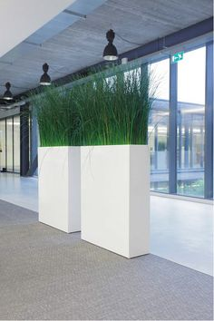 roomdivider BIG Large Indoor Planters, White Planters, Indoor Plants, Office Room Dividers, Pillar Design, Privacy Screen Outdoor, Balcony Plants, Office Plants, Modern Backyard
