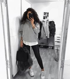 Casual Winter Outfits, Winter Fashion Outfits, Classy Outfits, Trendy Outfits, Fall Outfits, Bandana Hairstyles For Long Hair, Mode Instagram, Look Girl, College Outfits