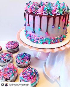 11 adorable Sesame Street birthday cakes - find your cake inspiration, # adorable cake decorating recipes kuchen kindergeburtstag cakes ideas Sesame Street Birthday Cakes, Sesame Street Cake, Cool Birthday Cakes, Birthday Cake Girls, Colorful Birthday Cake, Cupcake Birthday Cake, Birthday Cake Designs, Birthday Cake Decorating, Birthday Design