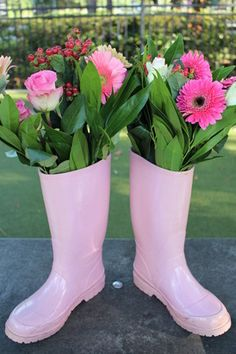 Peppa the Pig Party Ideas, Peppa the Pig Birthday Ideas, Peppa the Pig Birthday Party Ideas, Peppa the Pig Flower Ideas, Peppa the Pig Birthday Centerpiece Ideas, Peppa the Pig Floral Ideas, Peppa the Pig Decor Ideas, Peppa the Pig Party Decor Ideas, Peppa the Pig Birthday Decor Ideas