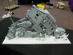 AT AT crashed In snow, By Fuppylodders - Star Wars MOC Index - Gallery - Eurobricks Forums