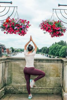 Our Focus range comes in both full length and 7/8 cuts. 7/8 cropped yoga leggings give you all the support of our full length yoga leggings with slightly shorter leg length, maximising your flexibility.    #yogapose #yogapant #yogapants #yogaleggings #yoga #fitness #zen #meditation #City #river #SummerFitness