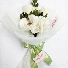 Hasil gambar untuk bunga flanel