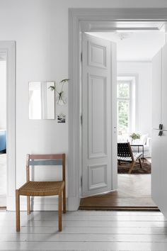 my scandinavian home: Singing the blues in a Swedish space Scandinavian Interior Design, Scandinavian Home, Grey Hall, Grey Interior Doors, Painting Trim, Grey Trim, White Walls, Colorful Interiors, Black Interiors