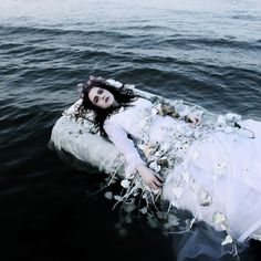 """The Look: Ophelia - The Sense of an Ending"""" by Helen Warner. Story Inspiration, Writing Inspiration, Character Inspiration, Fantasy Inspiration, The Divine Comedy, Fantasy Photography, Pre Raphaelite, Foto Art, Dark Beauty"""