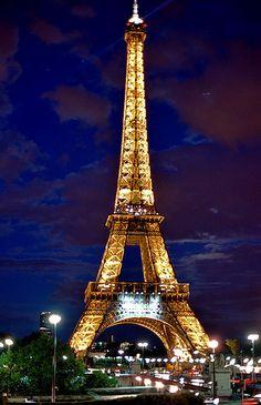 Paris, France J'aime Paris! Oh Champs Elysees :)