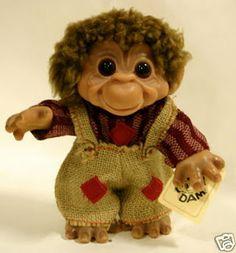 Dam troll monkey