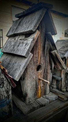 Bird House Kits Make Great Bird Houses Wooden Bird Houses, Decorative Bird Houses, Bird Houses Diy, Bird House Plans, Bird House Kits, Bird House Feeder, Rustic Bird Feeders, Birdhouse Designs, Wood Bird