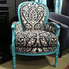 LOVE this chair... MINDY!!!