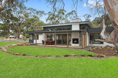 Pivot Homes Custom Design and Build in Inverleigh Victoria.