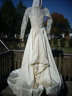 this french/victorian bustle is just waiting to let her hair down.....