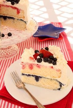 Red White and Blue Patriotic Cake by Creative Culinary ~ So pretty for the 4th of July! Made with fresh berry syrup and cake from scratch.