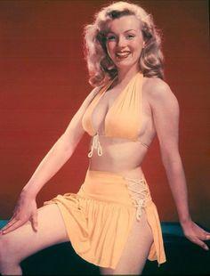 Marilyn posing.