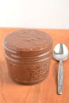 I recently discovered all the benefits of eating chia seeds.yes, cha cha cha chia!they are so healthy and good for you, so I'm excited to try this Chia Chocolate Pudding! Vegan Desserts, Raw Food Recipes, Cooking Recipes, Healthy Recipes, Healthy Cooking, Cooking Tips, Healthy Sweets, Healthy Snacks, Chai