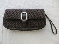 ANN TAYLOR Brown Straw Woven Wristlet Clutch Buckle Handbag Purse EUC Very Clean #AnnTaylor #ClutchWristlet