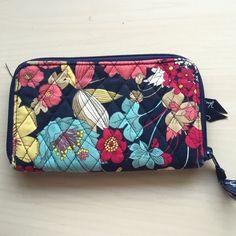 Vera Bradley Patterns, 2 Bill, Vera Bradley Wristlet, Clutch Wallet, Slot, Wallets, Zip Around Wallet, Pocket, Bags