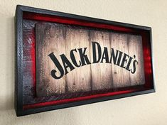Rustic JACK DANIEL'S Light Up Sign Hand Made -Hand Painted Rustic Whiskey signs. All materials are from reclaimed pallet wood Actual sign Offered in 2 different colors: Lampe Jack Daniels, Jack Daniels Decor, Unique Home Decor, Home Decor Items, Diy Pallet Projects, Woodworking Projects, Light Up Signs, Used Pallets, Bars For Home