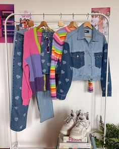 Trendy Outfits, Girl Outfits, Cute Outfits, Fashion Outfits, Room Design Bedroom, Mode Streetwear, Aesthetic Clothes, 90s Aesthetic, Character Outfits
