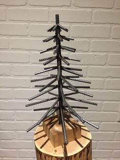Rebar Christmas tree By Yanick Bluteau