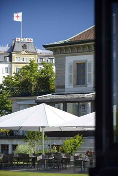 Why choose Hotel Management School of Geneva for your studies in switzerland? We ranks among the Top 10 Worldwide Hotel school, degrees are recognised Top Ten, Priorities, Gazebo, Scale, Knowledge, Students, Management, Training, Outdoor Structures