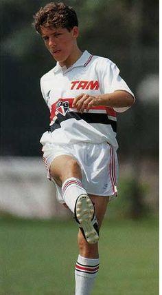 """""""Juninho Paulista"""" Osvaldo Giroldo Júnior (São Paulo FC, 1993–1995, 44 apps, 2 goals)"""