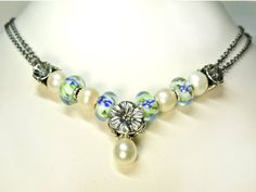 Trollbeads inspiration necklace! Love the pearls and greens and blues... Perfectly floral for summer. #trollbeads #glassjewelry
